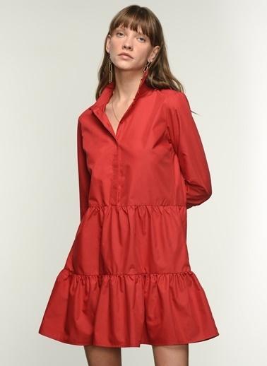 NGSTYLE Ngkss21El0019 Düğme Detaylı Volanlı Elbise Kırmızı